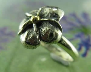custom made gold 4 leaf clover ring australia